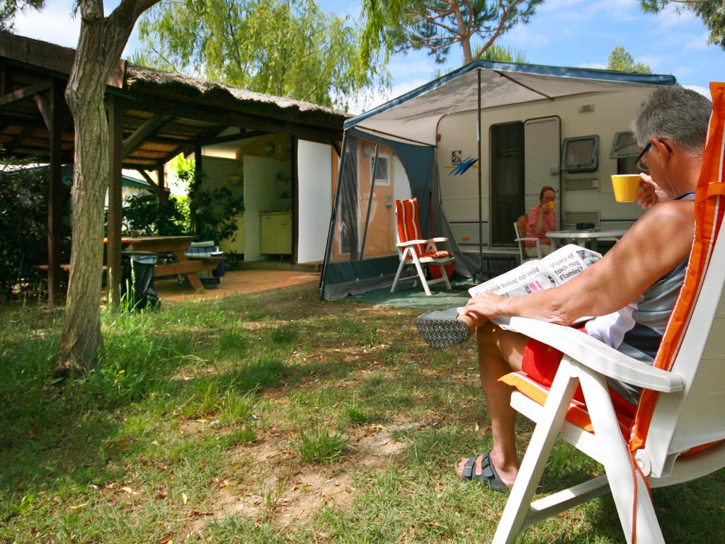 Camping with Pitches for Caravan, Camper and Tents Tuscany Sea